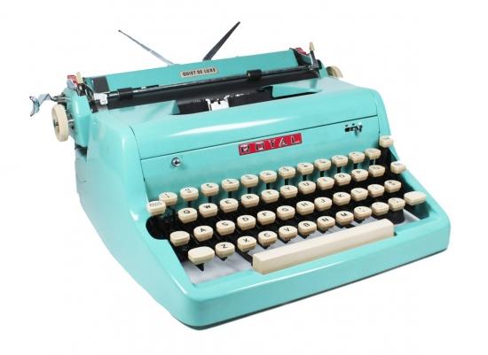 royal-typewriter