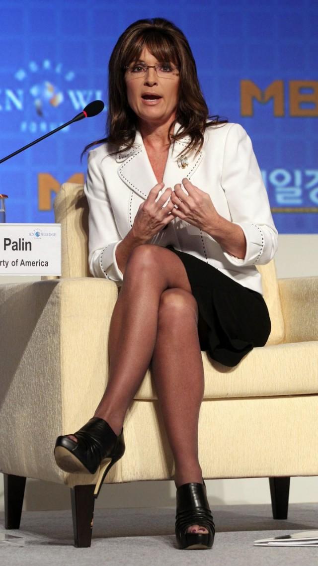 Sarah paulin milf