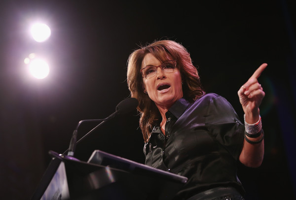 Everyone KNOWS What Sarah Palin is Doing for 2016...