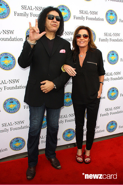 Sarah Palin Honors SEALs Aboard USS Iowa - Gene Simmons (L) and Sarah Palin attend the SEAL-NSW family foundation 2nd annual dinner gala at USS Iowa on May 16, 2015 in San Pedro, California. (Photo by JC Olivera/Getty Images)